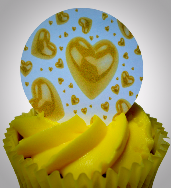 Edible cake toppers decoration - Golden hearts